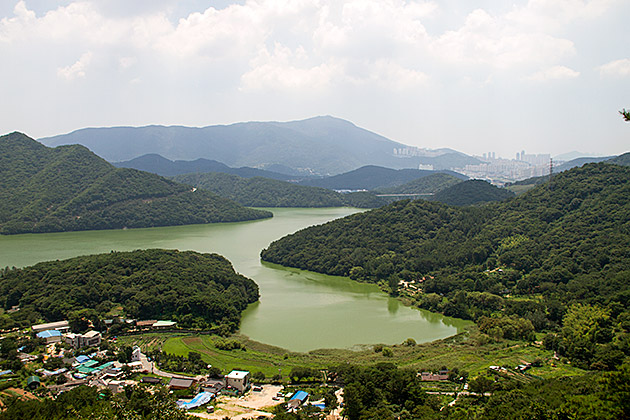 Big-Lake-Busan